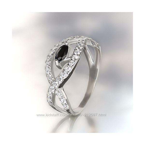 Серебряное кольцо с цирконием р. 18