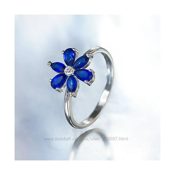 Серебряное кольцо с цветным цирконием р. 17