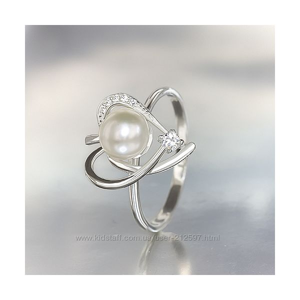 Новое серебряное кольцо с жемчугом р.17.5