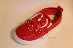 Слипоны, мокасины, ботиночки, туфли красные  GFB  на девочку