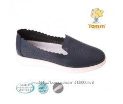 Слипоны , туфли синие с перфорацией  на девочку , подростковые Tom. m  Том.
