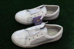 Слипоны , ботинки, туфли белые  на девочку , подростковые Tom. m   Том. М
