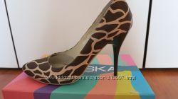 Очень красивые туфли Braska