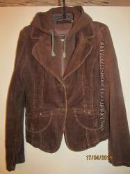 Пиджак женский весенний приталенный коричневый с капюшоном размер 48-50