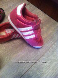 Кроссовки Adidas оригинал 27р Состояние на 5