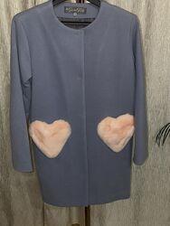 Пальто Шанель с меховыми карманами