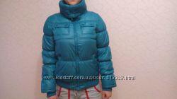 Яркая курточка с теплым классным воротником