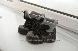 Ботинки зимние на мембране Котофей, р. 26  очень теплые