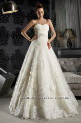 Продам шикарное свадебное платье Daria Karlozi