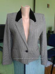Стильный новый шерстяной пиджак для офиса или школы