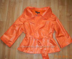 тоненькая молодёжная куртка ветровка