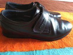 Туфли школьные kangfu