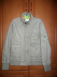 Легкая курточка на девочку 10-13 лет