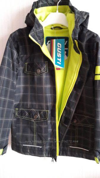 Не промокаемая куртка-ветровка GUSTI BOUTIQUE на рост до 119 см на флисе