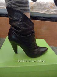 Натуральные кожанные лаковые ботиночки