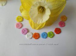 Пластиковая пуговица Цветочек 15 мм