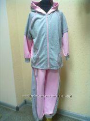 Спортивные костюмы на девочку.