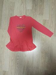 Яркая футболка-туника с длинным рукавом.  9-12 лет