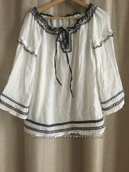 Блуза-рубашка с декором вышивки