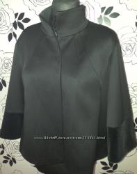 Элегантное укороченное пальто понче из шерсти