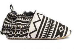Пинетки-макасы с бахромой, H&M, оригинал, размер 23, 14см по стельке.