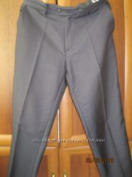 Школьные брюки новые чёрные