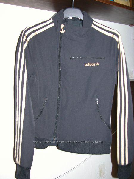 Классная ветровка Adidas, р. XS-S