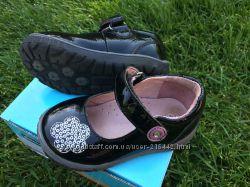 нарядные туфельки LAPSI из лаковой кожи р. 21