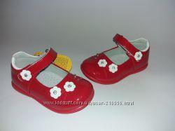 Красивенькие туфельки Clibee для малышек