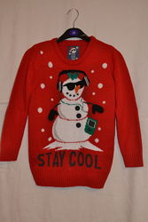 Новогодний  свитер Снеговик на 7-8 лет