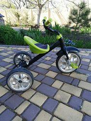 Велосипед трехколесный Caretero York