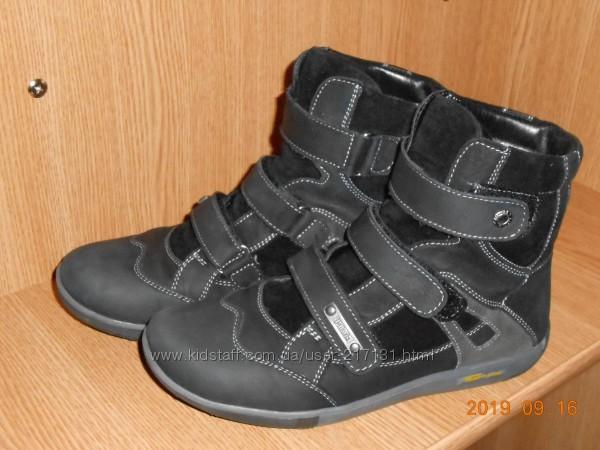 Ботинки Palaris на цигейке р. 36 - 23. 9 см
