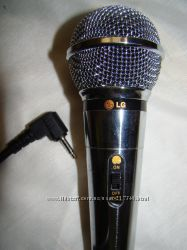 Динамический микрофон для караоке LG