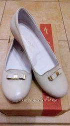 Подарок к св. Николаю Рождеству новые туфли для девочки кожа обувь