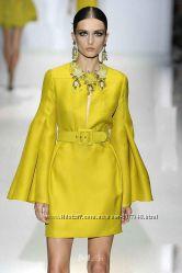 Яркий, волшебный цвет. Желтое платье GUCCI