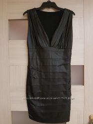 Красивое платье под кожу. Размер S.
