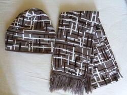 Стильный комплект шапка и шарф производства Польши