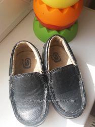 Чёрные  кожаные мокасины для стиляги Children Place