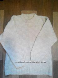 Свитер шерстяной ручной вязки