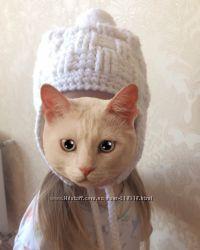 Зимняя теплая шапочка с бубонам на флисе Dakine