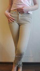 Фирменные джинсы Н&M цвета кофе с молоком размер 42