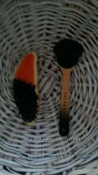 Обменяю магниты на холодильник черная и красная икра