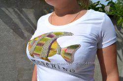 футболка   Moschino в наличии