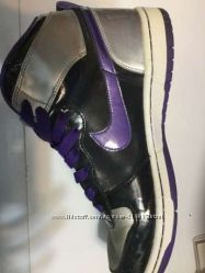 Nike кожаные оригинальные кроссовки 27cm
