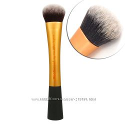 Дешевле СП - Real Techniques Expert Face Brush, Blush Brush