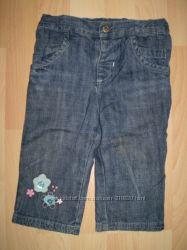 Детские джинсовые брючки на 12 месяцев - рост 74 см.