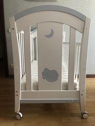 Детская деревянная кроватка португальского производителя Trama Luna