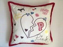 Подушка PINK Victoria Secret с вышивкой, наволочка снимается
