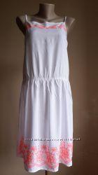 Красивоенное платье Яркая Вышивка GEORGE Британия