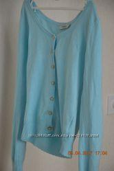 Очень нежная кофточка Colin&acutes пастельно-голубого цвета, кардиган